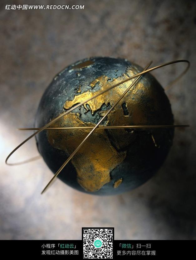 色金属地球仪图片