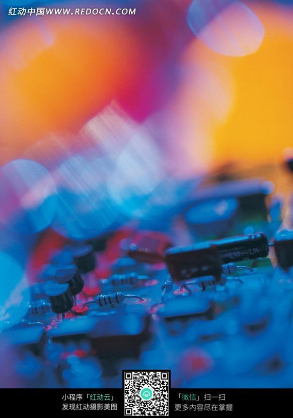 免费素材 图片素材 现代科技 通讯科技 虚幻电路板上的电子元器件特写