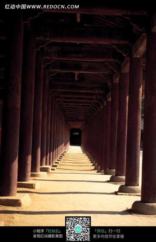 长廊柱子透视图图片