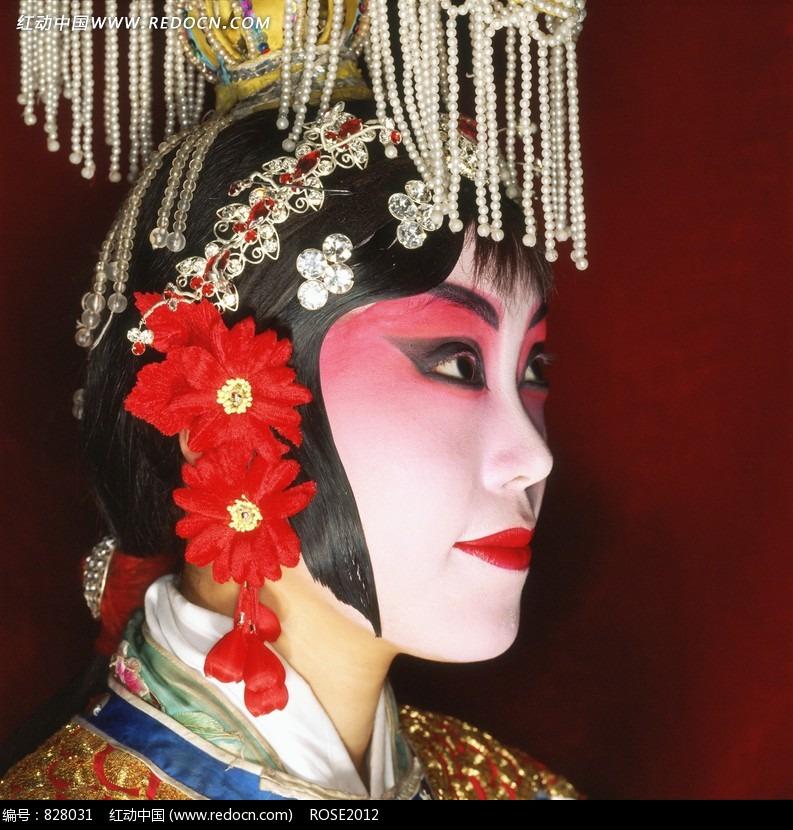 免费素材 图片素材 人物图片 其他人物 画着浓妆的京剧花旦的侧脸特写