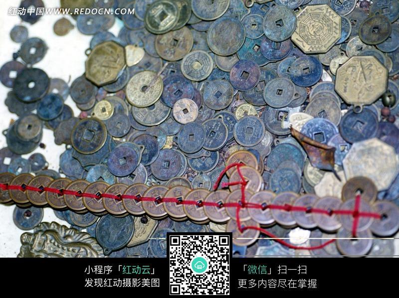 与铜钱剑图片 分享即免费下载我要改图 参 数:  素材编号