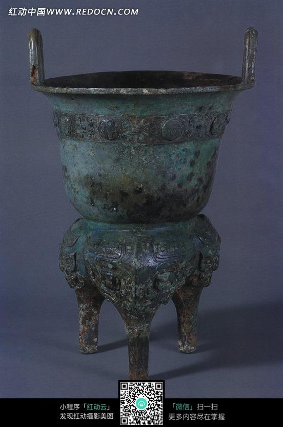 古代饪食器和礼器青铜甗图片