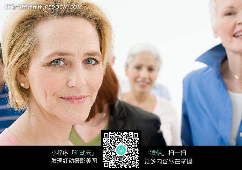 外国中年妇女摄影照片