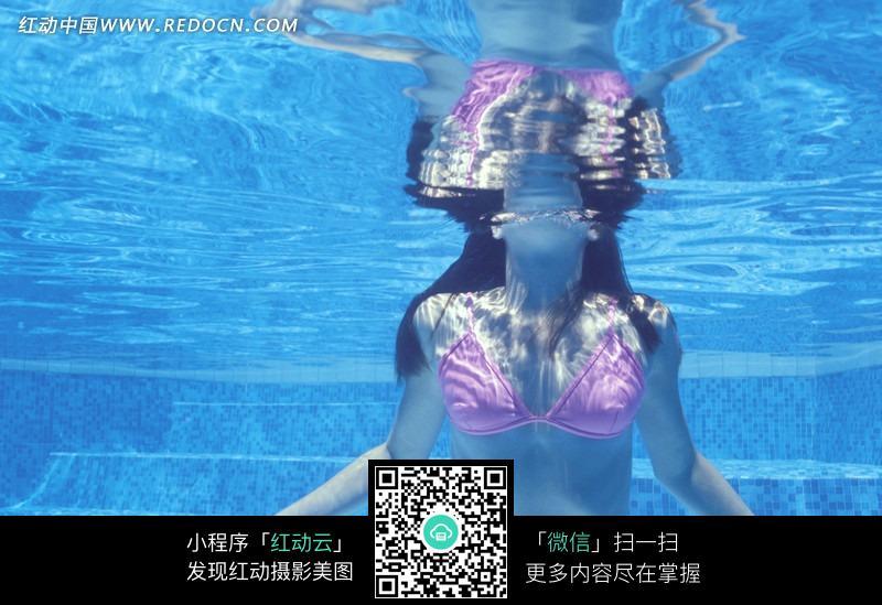 水中的美女摄影图片 女性女人图片