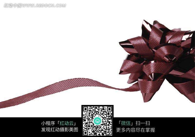 咖啡色磨砂与亮面双材质包装彩带花