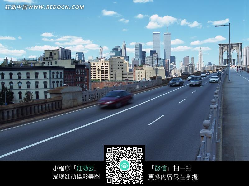 免费素材 图片素材 自然风光 自然风景 城市里的高速公路和飞驰的汽车