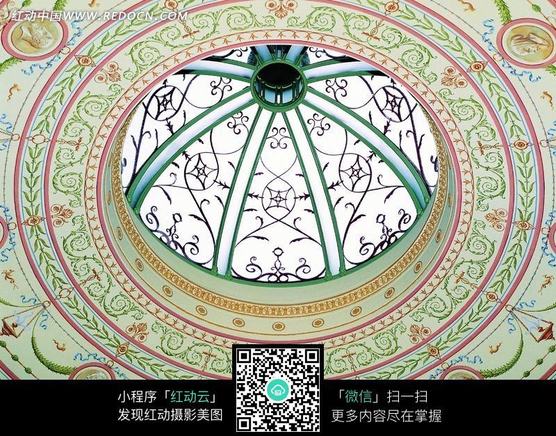欧式花纹的圆形屋顶顶棚图片图片