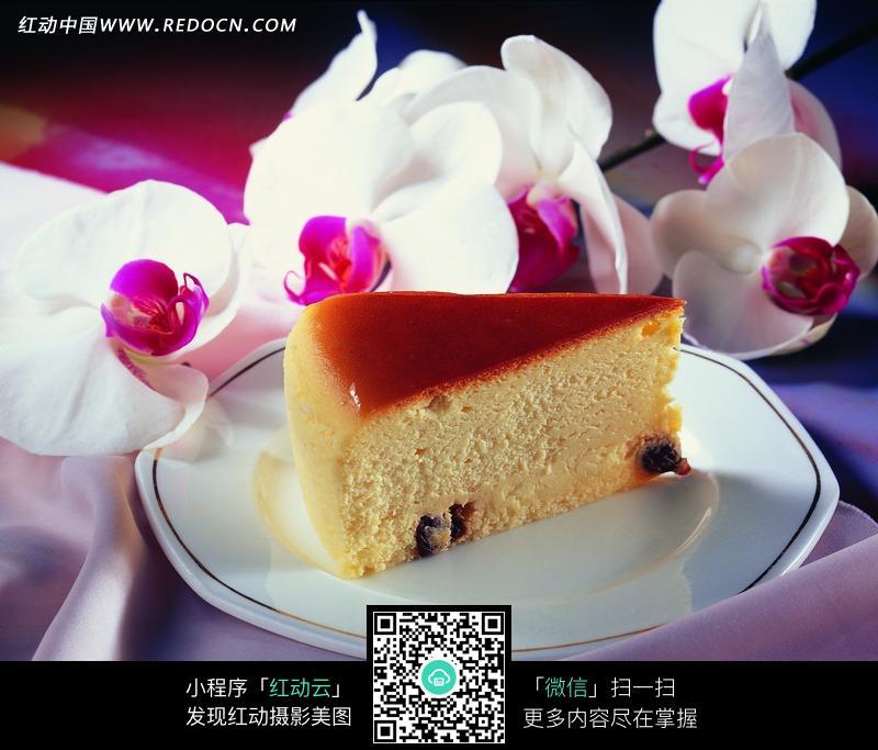 三角形蛋糕的简笔画内容图片展示