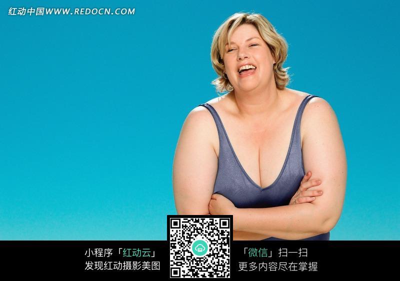 欧美胖老女人_一个很胖的外国金发女人