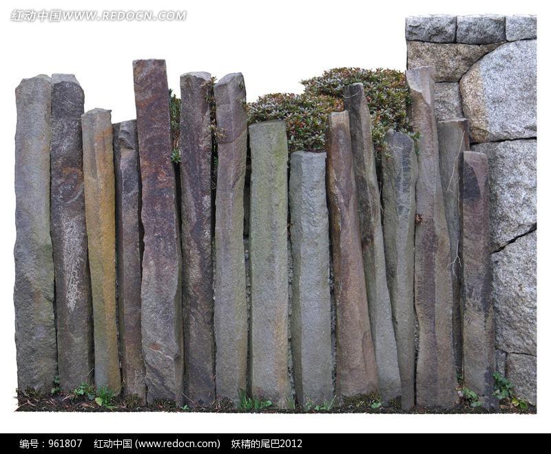 由长条形石头组成的篱笆图片