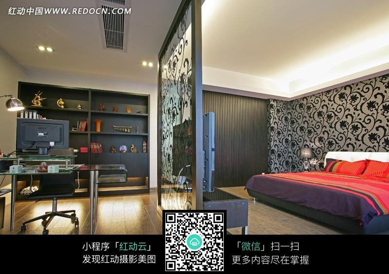 玻璃隔开的卧室和书房图片_室内设计图片图片