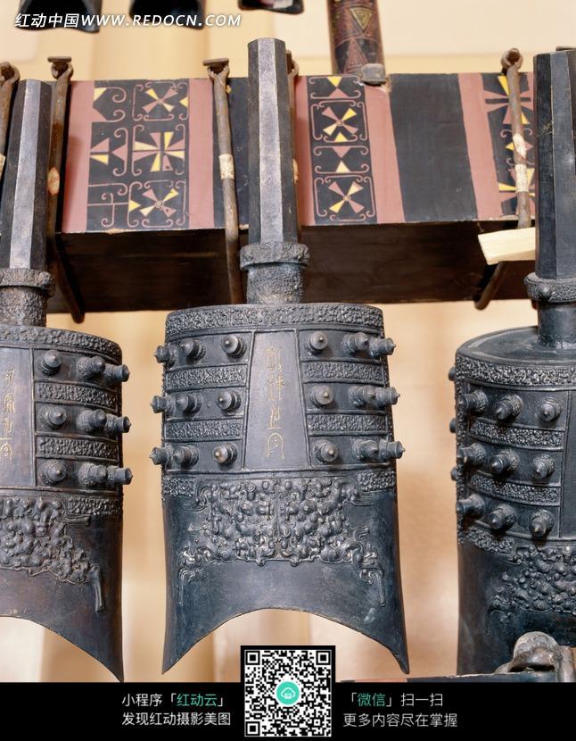 古代青铜编钟图片