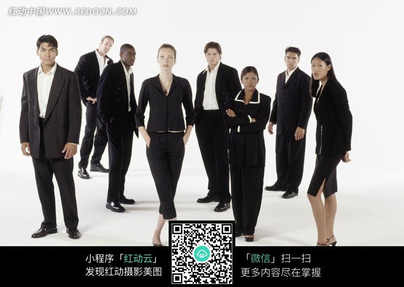 一群�yf�yl#�kjye,y�9�c_站姿各异的一群职业人士图片