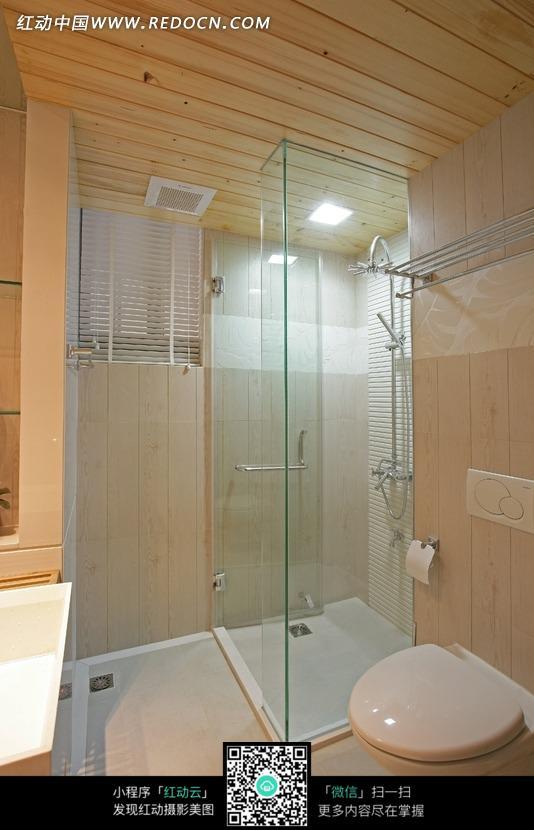 室内玻璃浴室图片; 室内玻璃效果图; 玻璃做内墙浴室效果图图片大全
