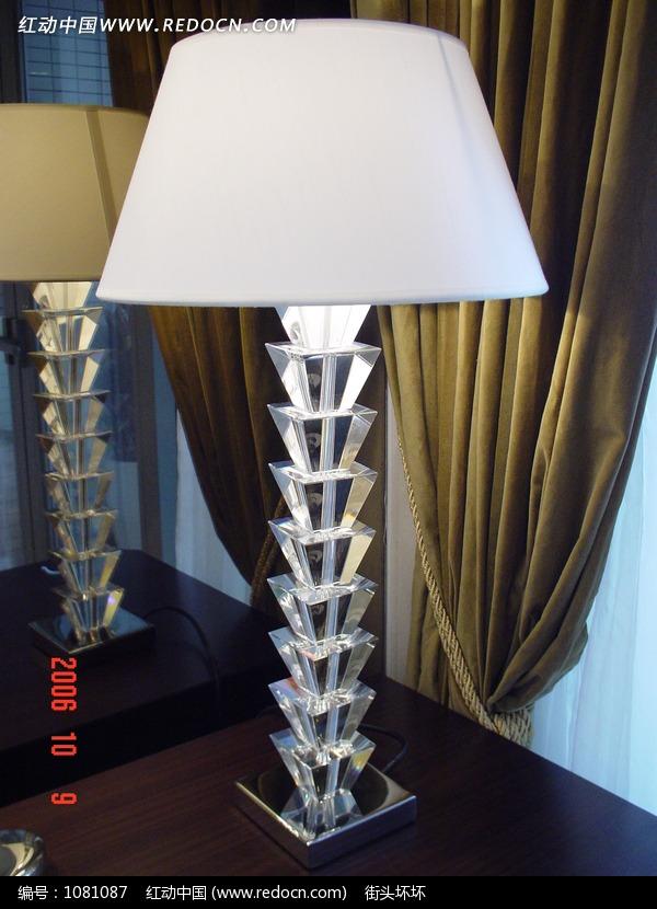 欧式现代水晶台灯_室内设计图片