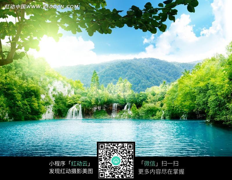 山林湖泊风景图片图片