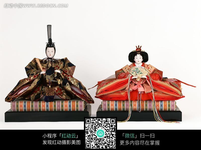 日本天皇和皇后人偶图片其他 生活百科