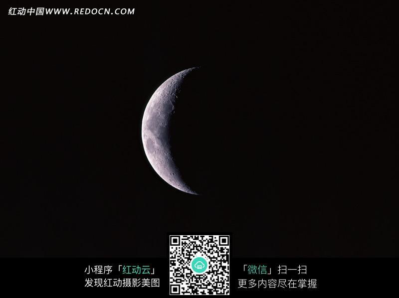 黑夜中的月亮图片_自然风景图片