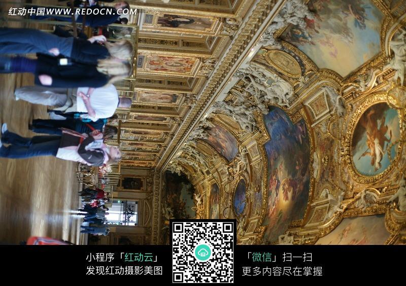 巴黎罗浮宫拱形辉煌艺术长廊图片图片