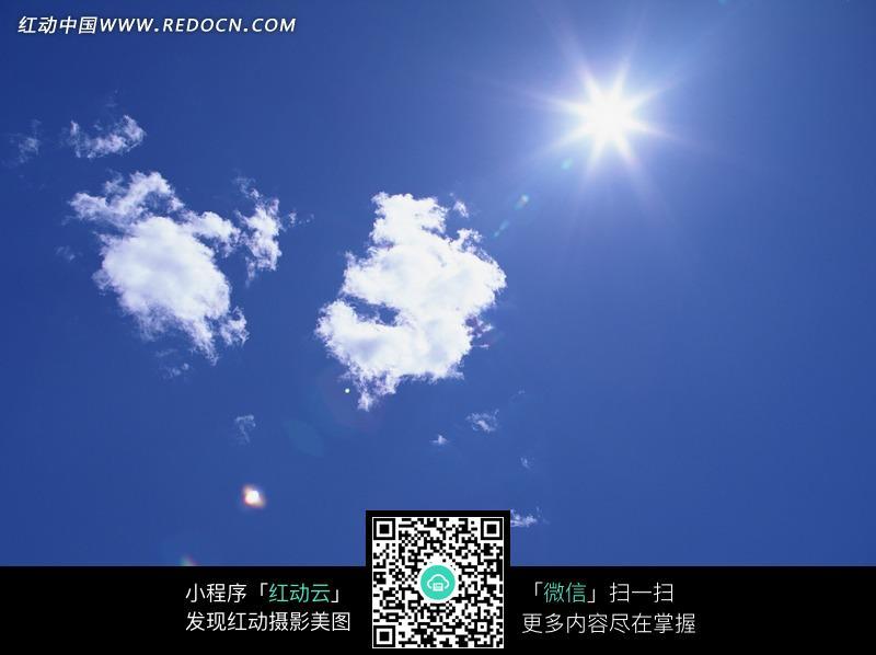 蓝天白云太阳光图片_天空云彩图片