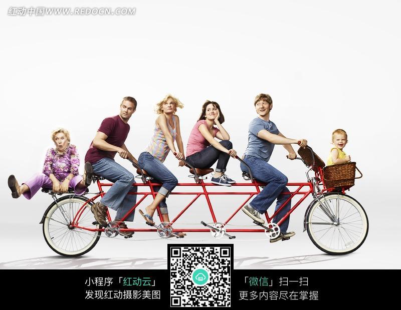 梦一家人生骑自行车