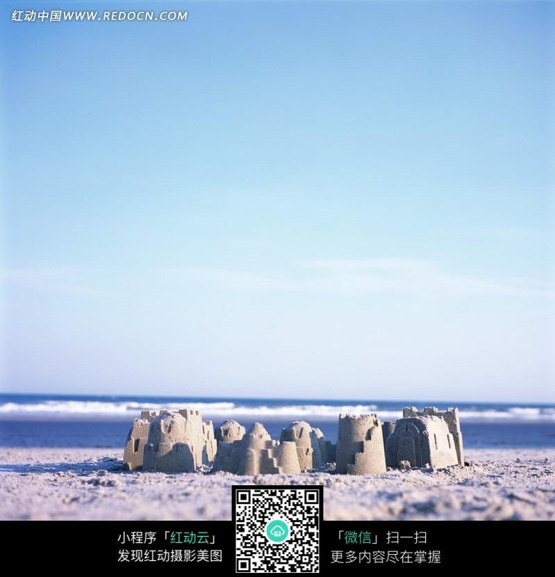 免费素材 图片素材 自然风光 海洋海边 沙滩上沙子砌成的城堡
