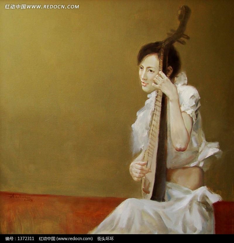 弹琵琶的白衣女子图片
