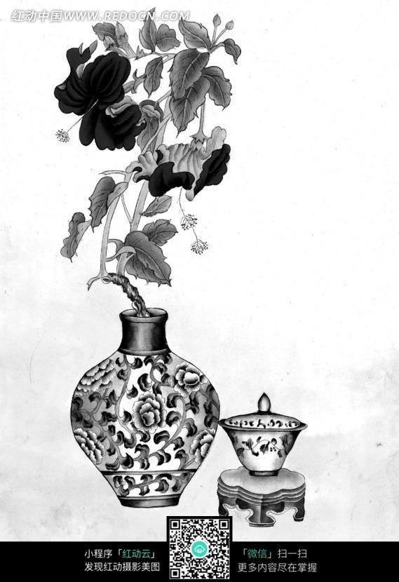 工笔画之茶杯边花瓶里盛开的花朵图片