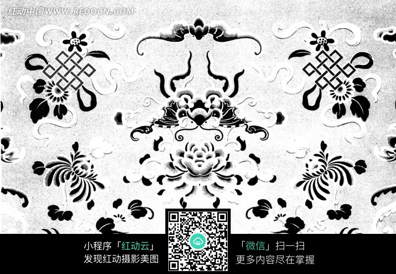 对称的蝴蝶牡丹图案图片