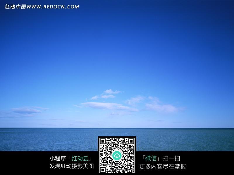 免费素材 图片素材 自然风光 自然风景 明媚的天空下平静的海面  请您