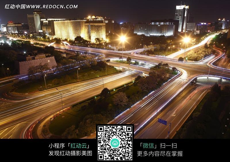 夜晚纵横交错的城市街道图片免费下载 编号1387607 红动网图片