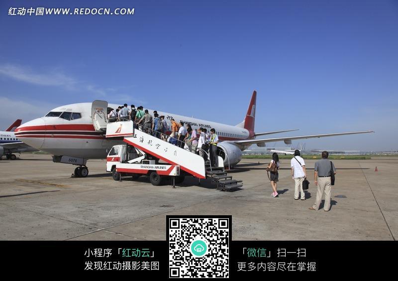 上海航空公司飞机图片