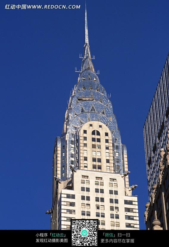 哥特式高楼建筑图片