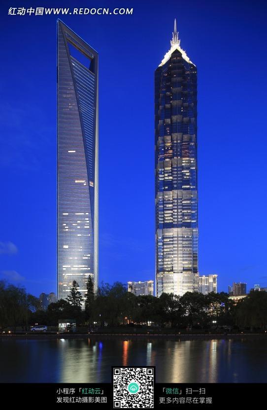 城市夜景高楼大图内容|城市夜景高楼大图版面设计