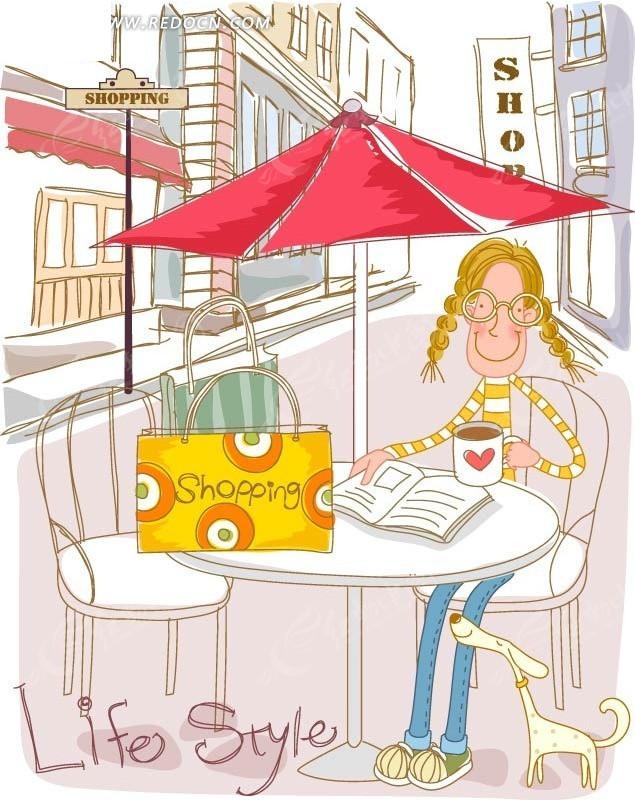 露天咖啡厅和咖啡的女孩