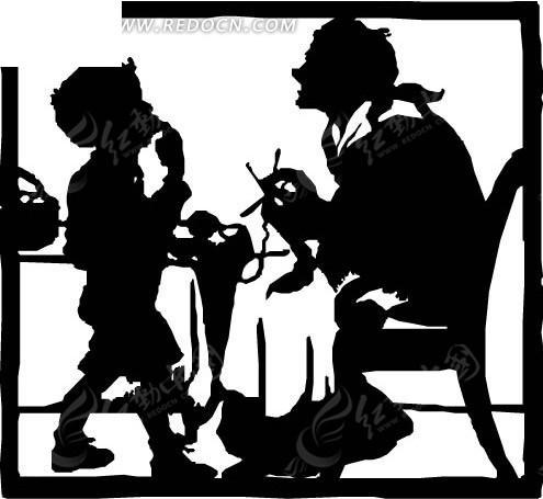 正在织衣服的母亲与站着吃东西的孩子剪影