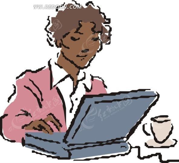 手绘用笔记本电脑的粉衣女白领