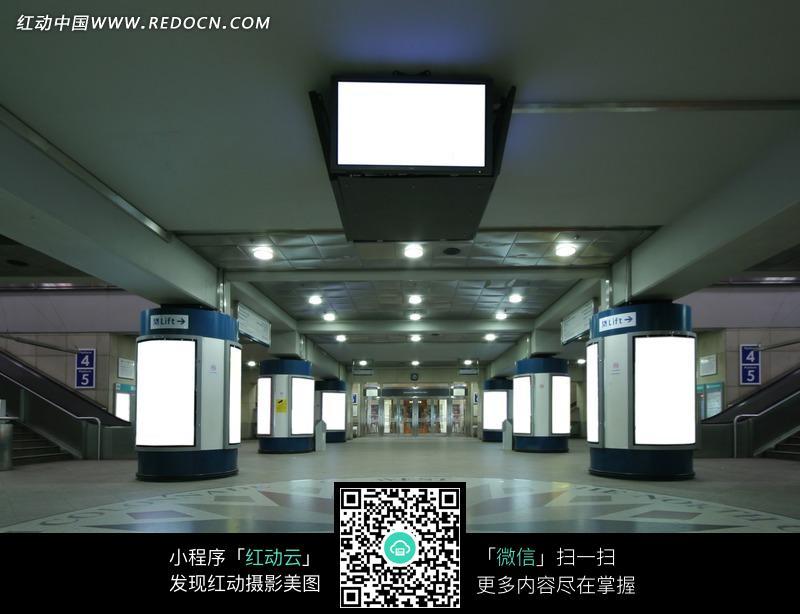 地下商场场景设计图片