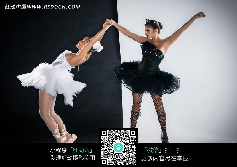 跳舞的外国芭蕾美女图片