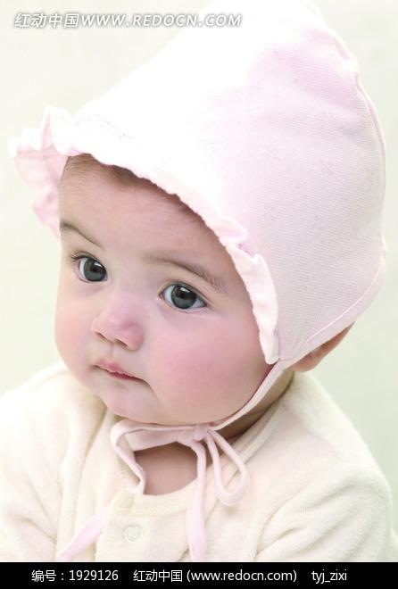 带着帽子的可爱婴儿宝宝图片
