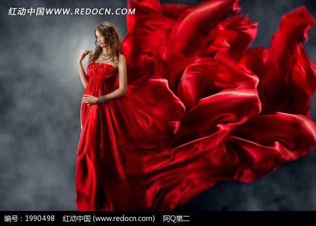 美女 长裙/裙摆舞动的红色长裙美女