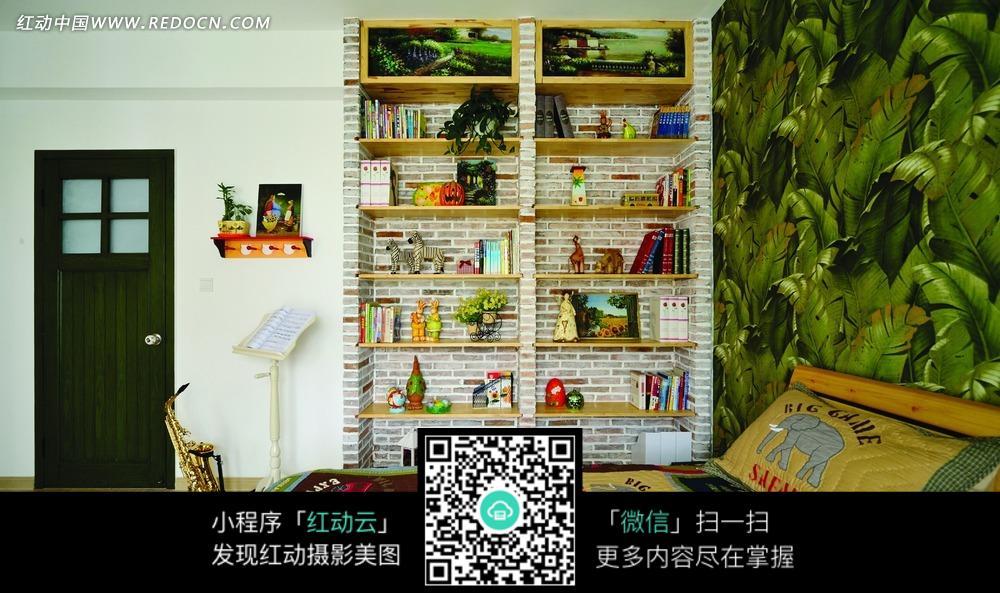 绿色装饰画 绘画 装饰品 书本 卧室 装饰设计 室内设计 装饰效果图