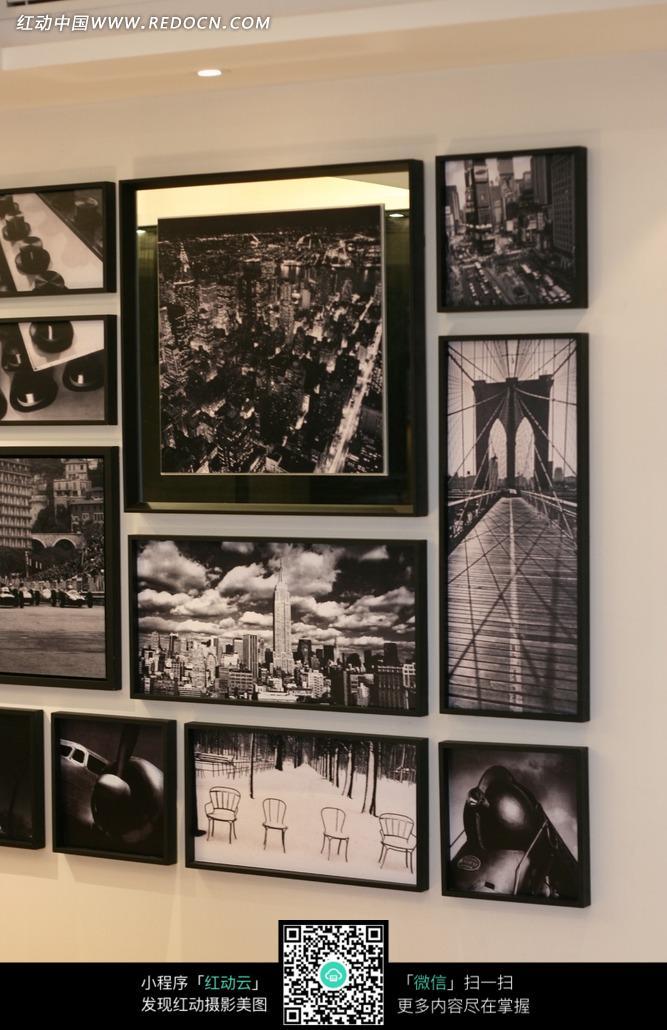 墙壁上的黑白装饰画图片