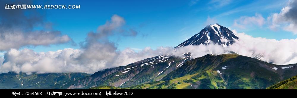 雪山山腰的浮云_自然风景图片