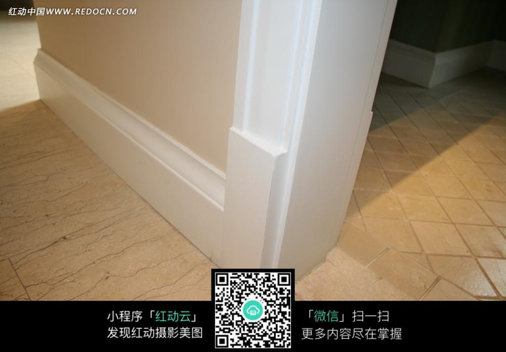 建筑室内白色的踢脚线图片-环境图片|图片库|图库图片