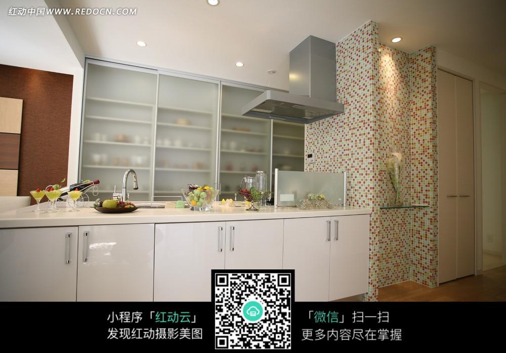 白色系厨房一角图片_室内设计图片