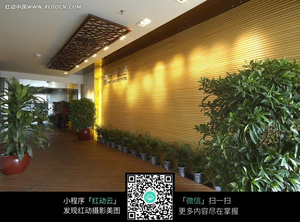 免费素材 图片素材 环境居住 室内设计 未来置业公司大厅内的绿色植物图片