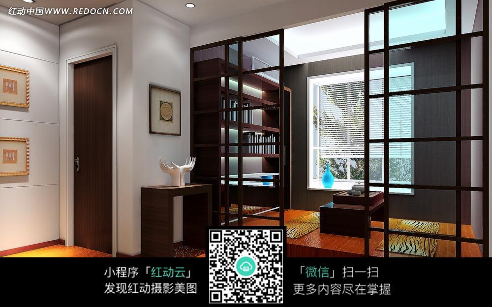 中式书房内的木质书架和 明亮方形顶灯下隔断后的 中式书房内的书架和图片