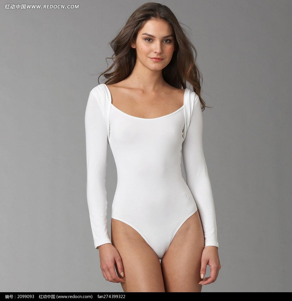 穿白色连体内衣的外国美女图片