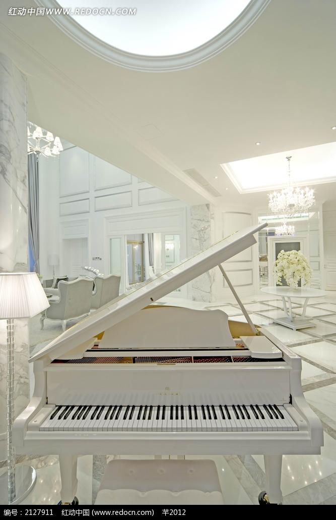 客厅摆放钢琴效果图 素材图片 室内设计图片